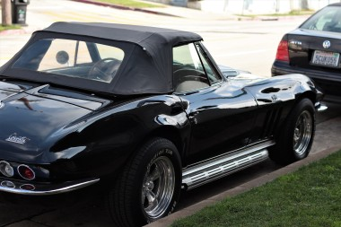 1966-corvette-stingray-3