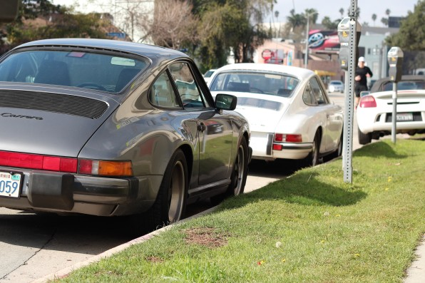 19th-1975-porsche-911-carerra-2