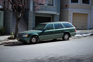 27th-1994-mercedes-e320-wagon-2