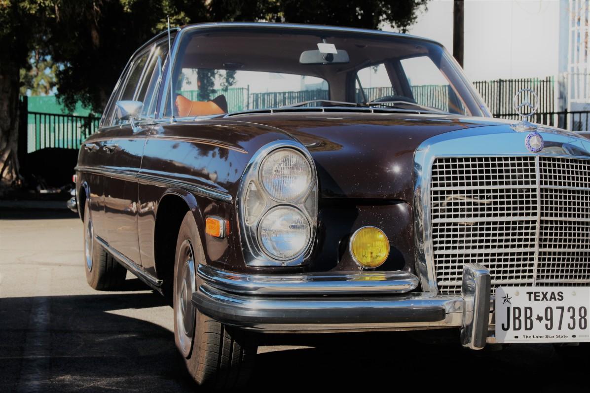 9th-1971-mercedes-280se-sedan-2