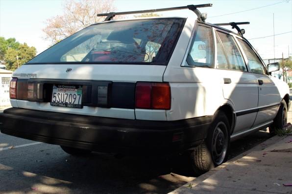 25 - 1989 Nissan Sentra Hatchback (1)