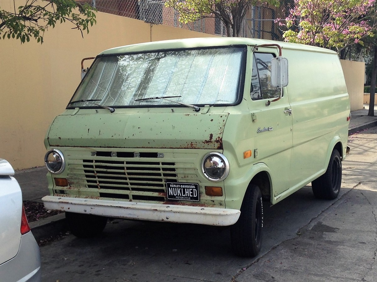 1970 ford econoline panel van la car spotting. Black Bedroom Furniture Sets. Home Design Ideas