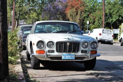 13 - 1970 Jaguar XJ6 Sedan (2)