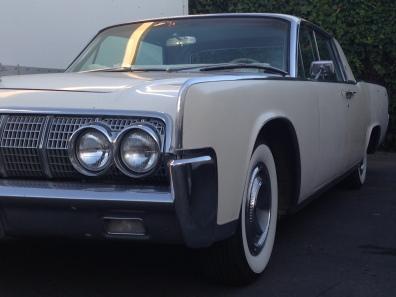 27 - 1963 Lincoln Continental Sedan (8)