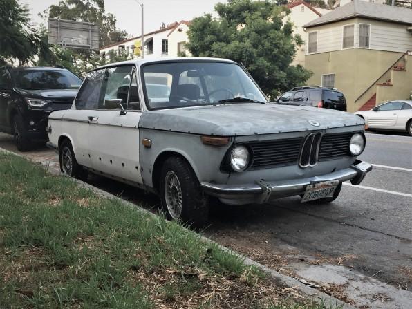 1970 BMW 2002 (1)