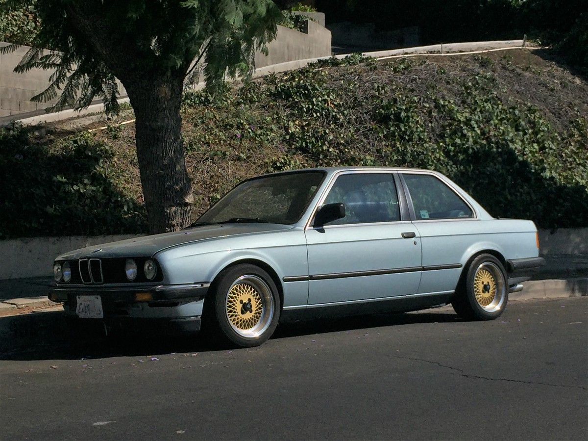 1990 BMW 318i Coupe (2)