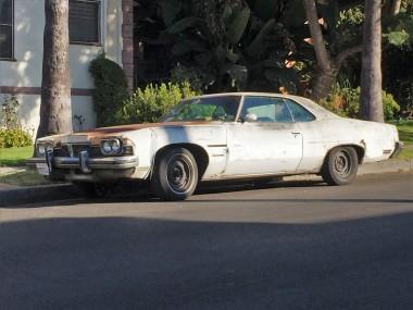 1973 Pontiac Catalina Coupe (classic vintage car) (3)