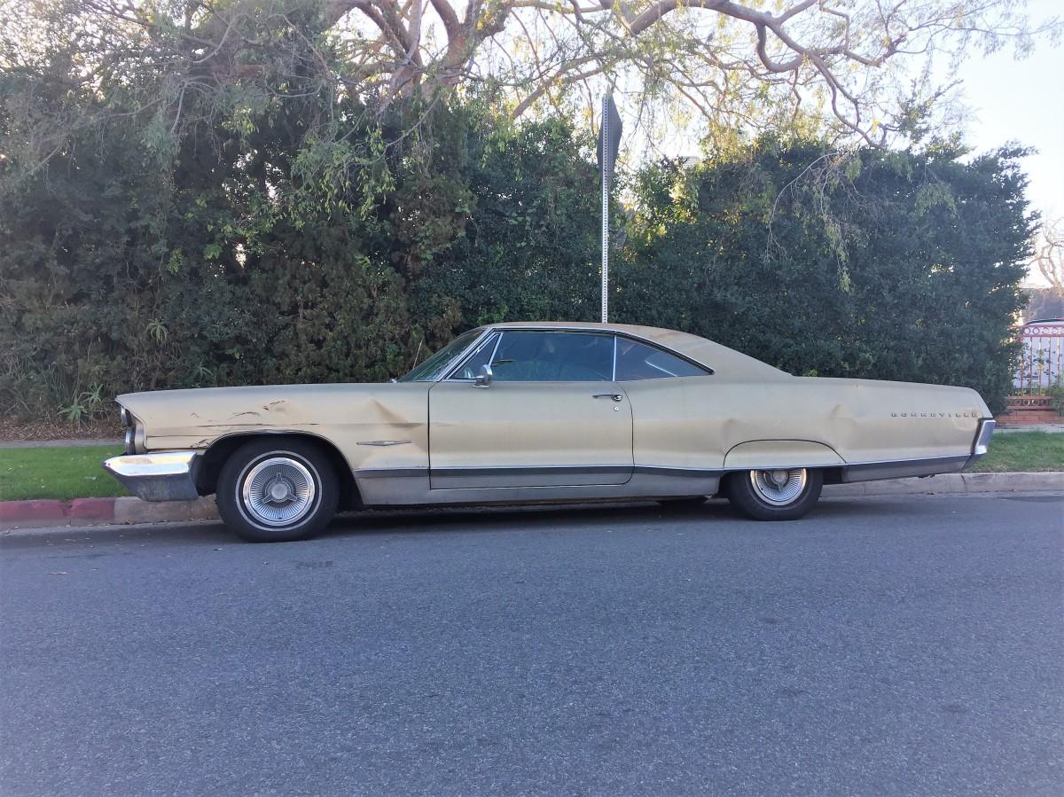 1965 Pontiac Bonneville (2)
