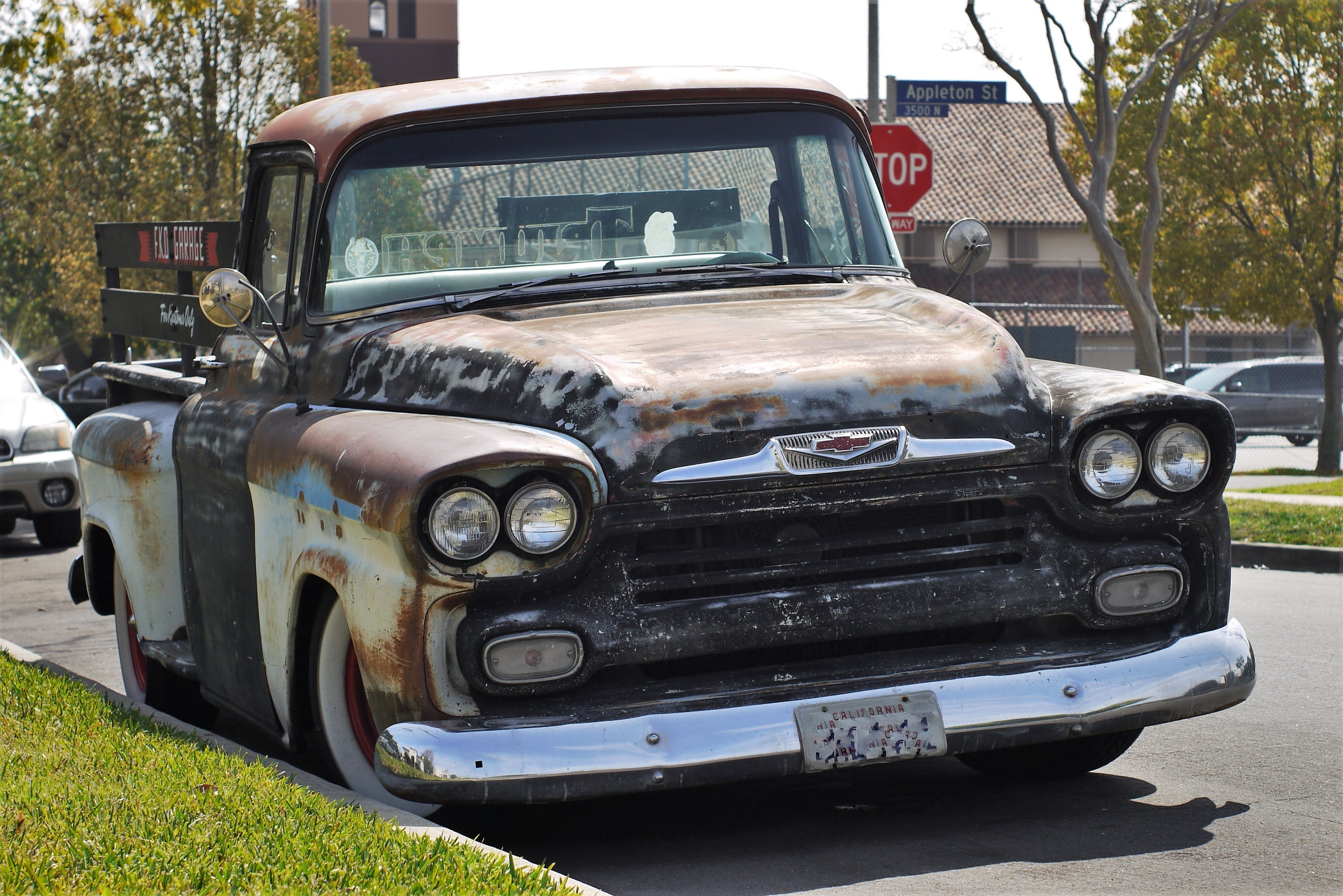 1958 Chevy Apache Pickup Truck - LA Car Spotting