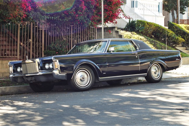 1971 Lincoln Continental Mark III (2)