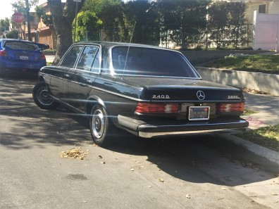 1978 Mercedes-Benz 240D Diesel sedan (2)