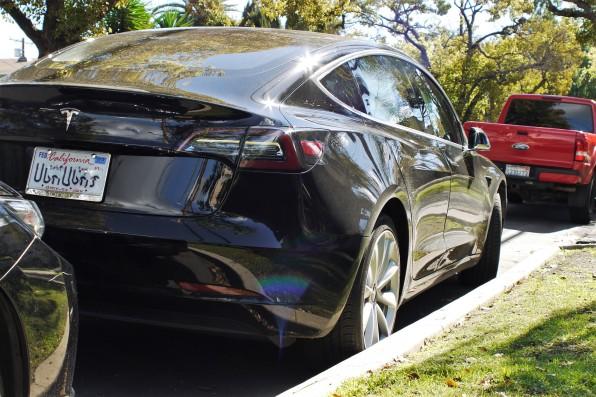 Tesla Model 3 - NEW (4)