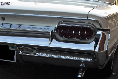 1961 Buick Electra 255 two-door (2)