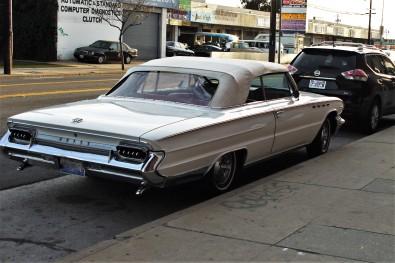 1961 Buick Electra 255 two-door (3)