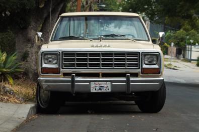 1985 Dodge Ram 1500 Prospector (2)