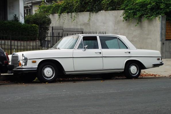 1970 Mercedes Benz 280 SEL (2)