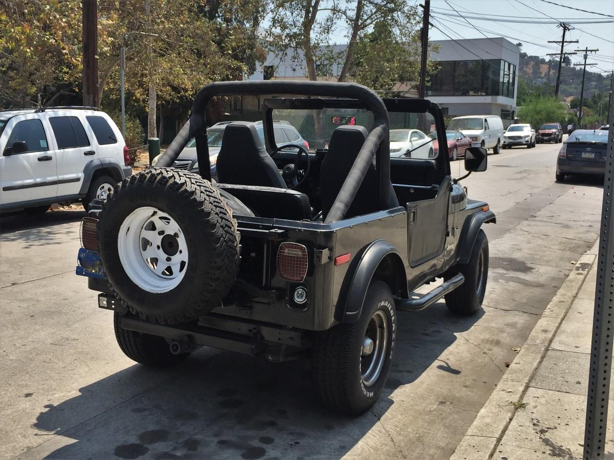 1982 Jeep CJ-7 (3)