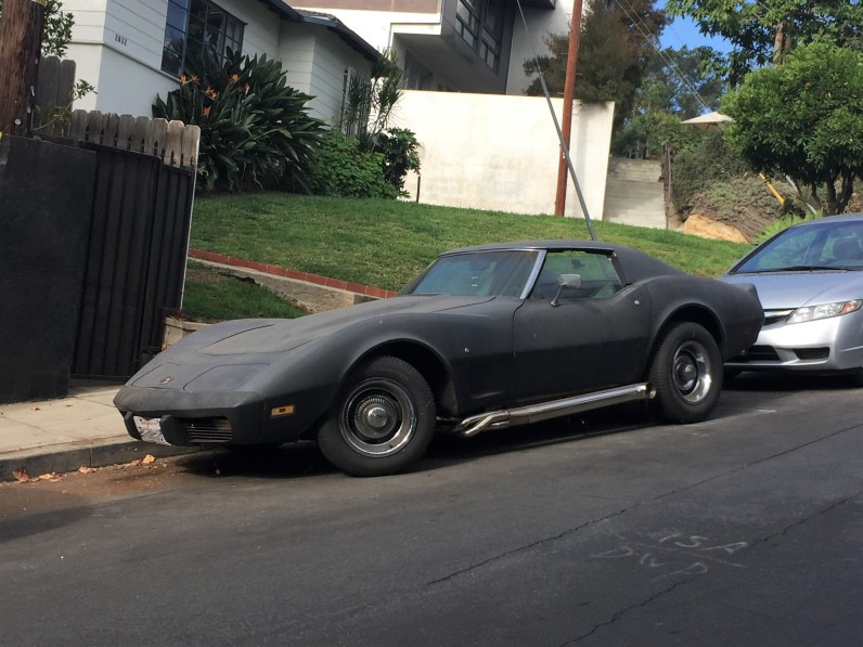 1976 Chevy Corvette (1)