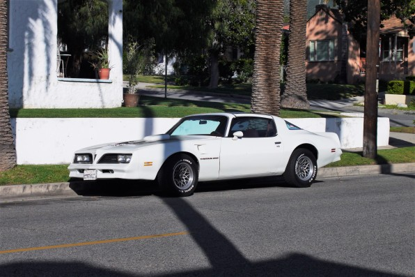 1977 Pontiac Trans Am (1)