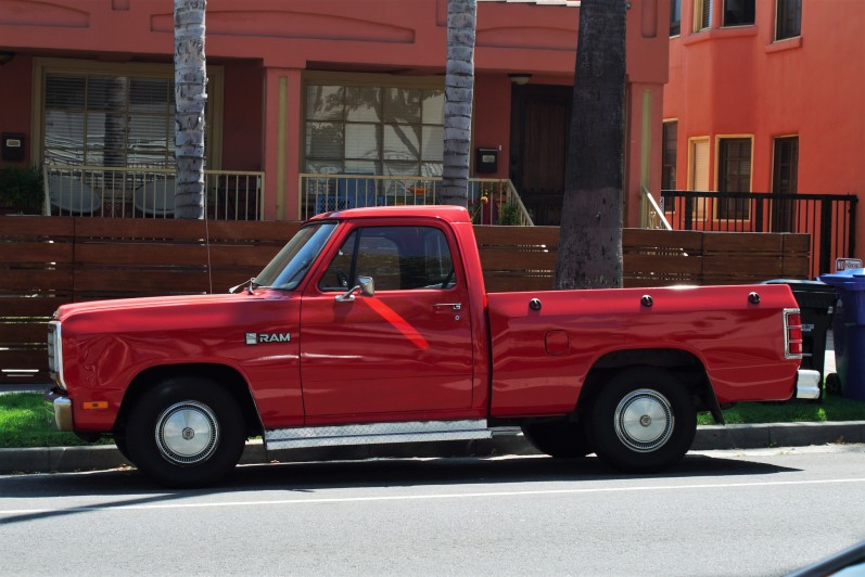 1983 Dodge Ram (2)