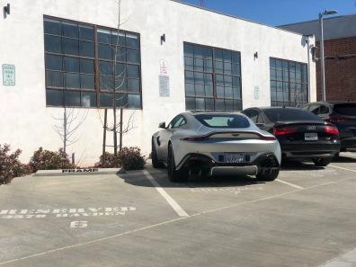2019 Aston Martin Vantage (1)