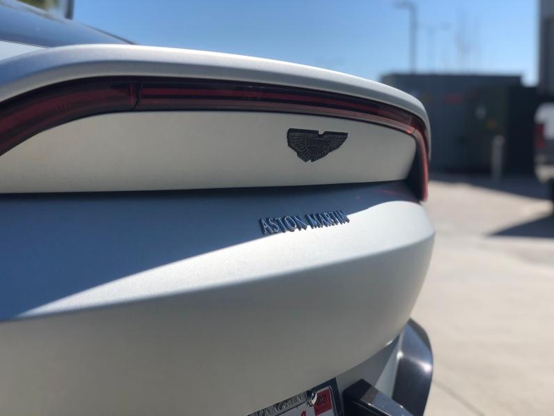 2019 Aston Martin Vantage (3)