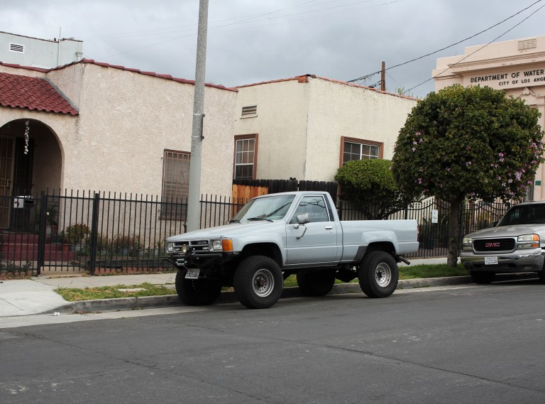1986 Toyota SR5 Pickup (2)